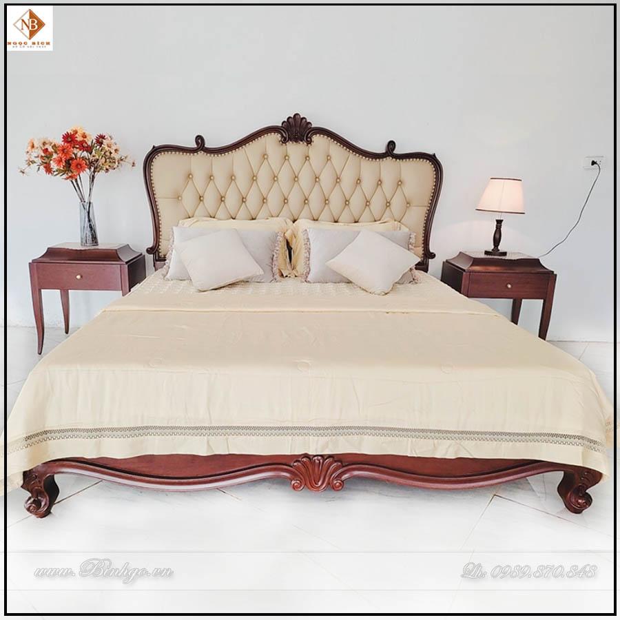 Giường ngủ tân cổ điển mẫu CG-2022. Được làm bằng gỗ gõ đỏ, bọc Da cao cấp